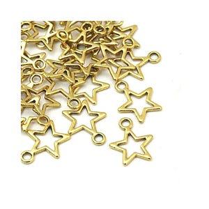 Antique Gold Tibetan Zinc Star Charms 15mm Pack Of 30 ZX07980