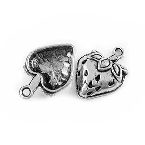 Antique Silver Tibetan Zinc Strawberry Charms 20mm Pack Of 12 ZX08620