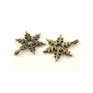 Steampunk Bronze Tibetan Zinc Snowflake Charms 24mm Pack Of 10 ZX08630