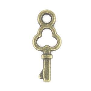 Steampunk Antique Bronze Tibetan Zinc Key Charms 16mm Pack Of 40 ZX08655
