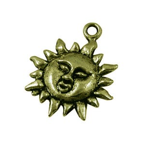 Steampunk Antique Bronze Tibetan Zinc Sun Charms 23mm Pack Of 10 ZX08930