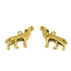 Antique Gold Tibetan Zinc Wolf Pendants 26mm Pack Of 10 ZX09270