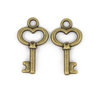 Steampunk Antique Bronze Tibetan Zinc Key Charms 16mm Pack Of 25 ZX09310