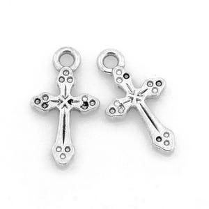 Antique Silver Tibetan Zinc Cross Charms 19mm Pack Of 10 ZX09525