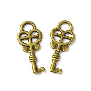 Steampunk Antique Bronze Tibetan Zinc Key Charms 18mm Pack Of 20 ZX11565