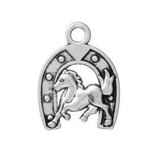 Antique Silver Tibetan Zinc Lucky Horse Shoe Charms 23mm Pack Of 4 ZX12945