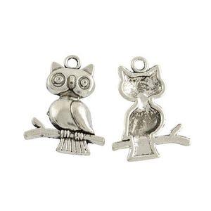 Antique Silver Tibetan Zinc Owl Charms 24mm Pack Of 15 ZX14950