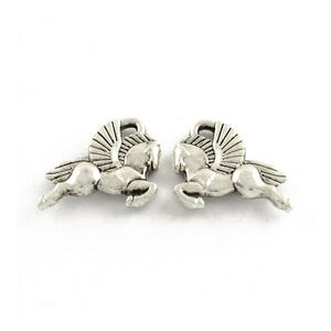 Antique Silver Tibetan Zinc Flying Horse Pegasus Charms 17mm Pack Of 20 ZX16185