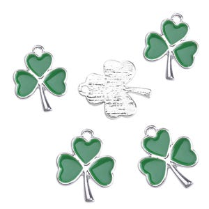 Silver/Green Zinc Alloy Clover Charms 16mm x 19mm Pack Of 5 ZX19005