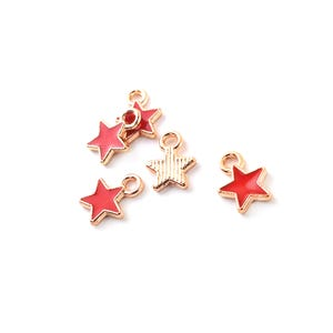Gold/Red Enamel & Alloy Star Charms 6.5mm x 8.5mm Pack Of 5 ZX19090
