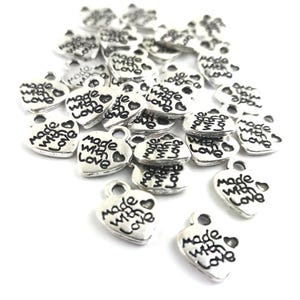 """Antique Silver Metal Alloy Heart """"made with love"""" Charms 9.5mm x 12mm Pack Of 30 ZX19145"""